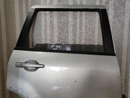 Дверь, правая задняя outlander за 5 000 тг. в Нур-Султан (Астана)