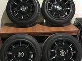 Комплект дисков с шинами Rolls Roys r21 за 300 000 тг. в Алматы
