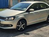 Volkswagen Polo 2014 года за 4 220 000 тг. в Караганда – фото 2