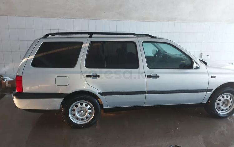 Volkswagen Golf 1994 года за 1 550 000 тг. в Шымкент
