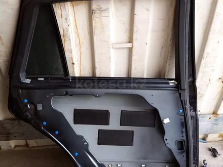 Задняя левая дверь w251 за 1 111 тг. в Алматы – фото 2