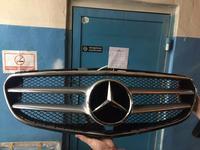 Решетка радиатора mercedes w212 AMG за 90 000 тг. в Алматы