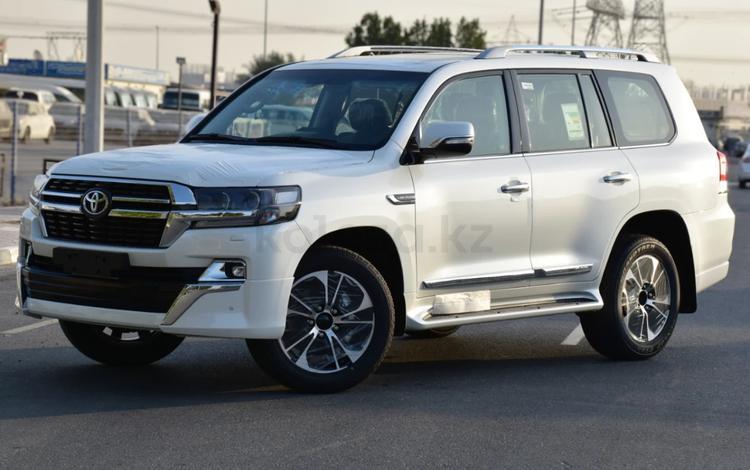 Toyota Land Cruiser 2019 года за 32 700 000 тг. в Актау