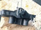 Площадка крепление аккумулятора мазда трибьют за 10 000 тг. в Караганда