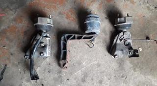 Подушки двигателя и коробки фольксваген т4 за 1 144 тг. в Костанай