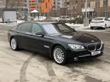 BMW 750 2012 года за 12 200 000 тг. в Алматы