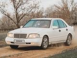 Mercedes-Benz C 200 1995 года за 1 700 000 тг. в Уральск – фото 2