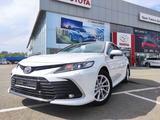 Toyota Camry 2021 года за 15 990 000 тг. в Уральск