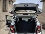 Chevrolet Aveo 2013 года за 2 800 000 тг. в Шымкент – фото 2