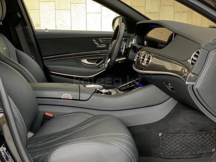 Mercedes-Benz S 63 AMG 2018 года за 55 500 000 тг. в Алматы – фото 21