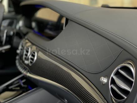 Mercedes-Benz S 63 AMG 2018 года за 55 500 000 тг. в Алматы – фото 26
