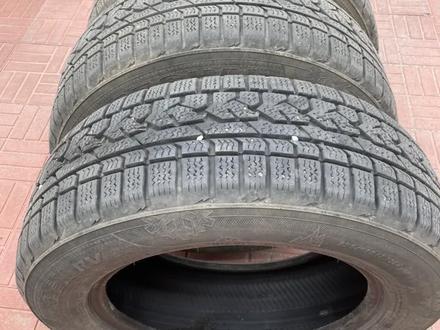 Почти новые зимние шины за 90 000 тг. в Алматы – фото 3