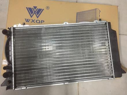 Радиатор охлаждения двигателя Audi 80 за 8 000 тг. в Алматы – фото 2