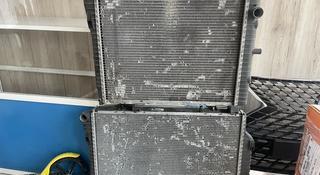 Радиатор Мерседес 202-210 за 20 000 тг. в Караганда