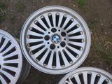 Оригинальные легкосплавные диски 33 стиль на BMW 5 е39 (Германия R1 за 90 000 тг. в Нур-Султан (Астана) – фото 5