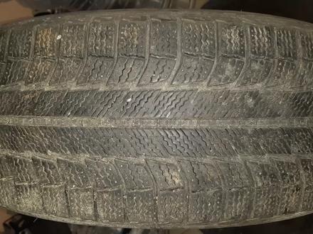 Резина зимняя Michelin r17 235/65 (№ 1011) за 70 000 тг. в Караганда