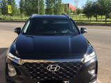 Hyundai Santa Fe 2019 года за 15 500 000 тг. в Нур-Султан (Астана)