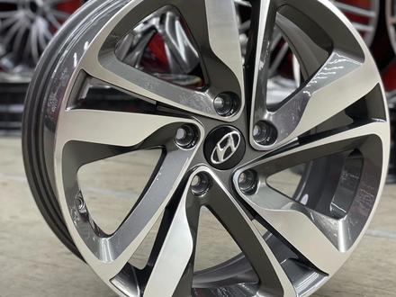 Hyundai Elantra R17 за 148 000 тг. в Алматы – фото 3