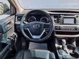 Toyota Highlander 2014 года за 15 200 000 тг. в Актау – фото 5