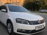 Volkswagen Passat 2011 года за 4 500 000 тг. в Нур-Султан (Астана) – фото 2