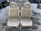 Комплект сидений на Мицубиси паджеро 3 за 250 000 тг. в Алматы – фото 2