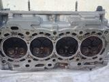 Головка блока цилиндров двигатель 3zz-fe за 35 000 тг. в Отеген-Батыр