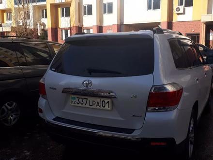 Toyota Highlander 2013 года за 13 300 000 тг. в Нур-Султан (Астана)