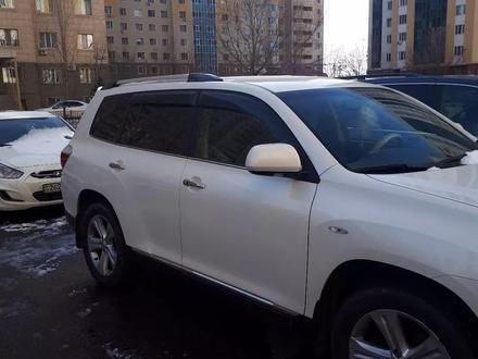 Toyota Highlander 2013 года за 13 300 000 тг. в Нур-Султан (Астана) – фото 2