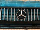 Решетка радиатора для Mercedes-Benz за 70 000 тг. в Нур-Султан (Астана)