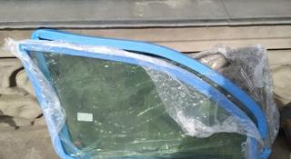 Передние стекла на л200 за 888 тг. в Алматы