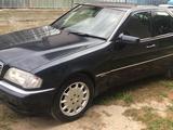 Mercedes-Benz C 240 1999 года за 2 100 000 тг. в Алматы – фото 2