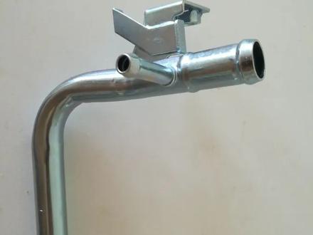 Водяной патрубок трубка Антифриза 16268-75130 16268-75131 16268-75091 за 7 500 тг. в Алматы – фото 2