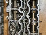 Головки блока цилиндров гбц мотор S63 кузова е70 Х5М, е71… за 380 000 тг. в Алматы – фото 2