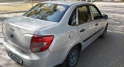 ВАЗ (Lada) Granta 2190 (седан) 2013 года за 2 100 000 тг. в Алматы – фото 4