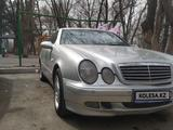 Mercedes-Benz CLK 320 1998 года за 2 500 000 тг. в Алматы – фото 4