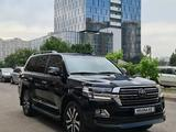 Toyota Land Cruiser 2018 года за 31 000 000 тг. в Алматы – фото 2