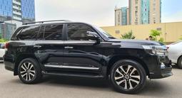 Toyota Land Cruiser 2018 года за 31 000 000 тг. в Алматы – фото 3