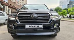 Toyota Land Cruiser 2018 года за 31 000 000 тг. в Алматы – фото 5