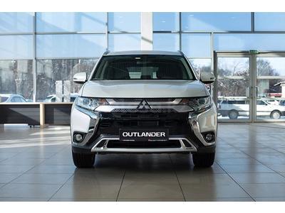 Mitsubishi Outlander Intense+ 4WD 2021 года за 12 490 000 тг. в Алматы