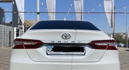 Toyota Camry 2018 года за 13 000 000 тг. в Шымкент – фото 3