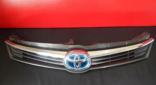 Решетка радиатора Toyota Camry 55. 53101-33510 за 100 тг. в Алматы