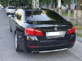 BMW 520 2012 года за 7 600 000 тг. в Алматы – фото 2