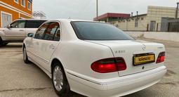 Mercedes-Benz E 320 2000 года за 4 200 000 тг. в Актобе – фото 5