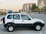 Chevrolet Niva 2018 года за 4 300 000 тг. в Караганда – фото 3