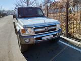 Toyota Land Cruiser 70 2014 года за 15 000 000 тг. в Алматы
