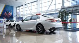 Toyota Camry Luxe 2021 года за 18 790 000 тг. в Алматы – фото 5
