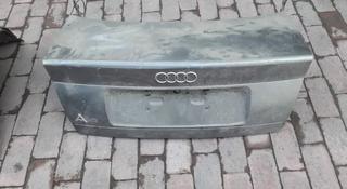 Крышка багажника а4 95 гв за 10 000 тг. в Алматы