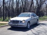 Mercedes-Benz E 320 1997 года за 3 000 000 тг. в Алматы