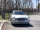 Mercedes-Benz E 320 1997 года за 3 000 000 тг. в Алматы – фото 2