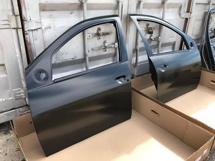Передние двери Renault Duster за 888 тг. в Караганда – фото 2